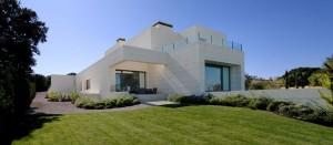 http://www.arquitexs.com/2013/03/casa-en-madrid-por-cero-arquitectura.html