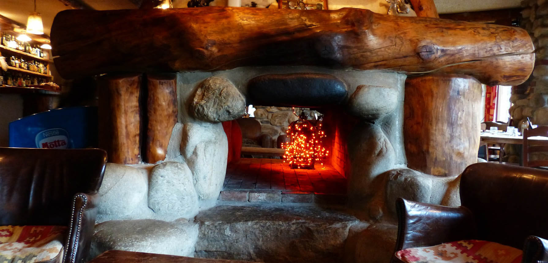 Chimeneas rusticas en casa - Cocinar en la chimenea ...
